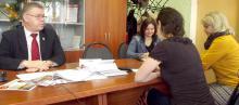 Александр Степанов во время пресс-конференции с журналистами котласских СМИ