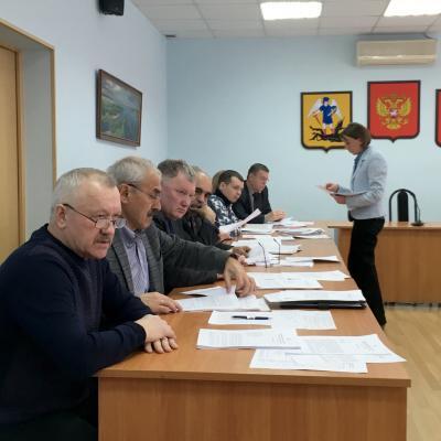 Момент с сессии Собрания депутатов