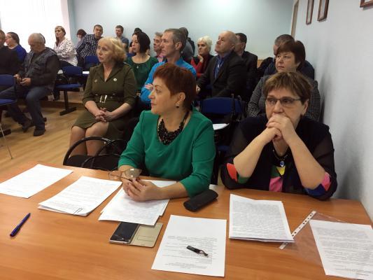 Депутаты из районов области приняли участие в расширенной комиссии Городского Собрания