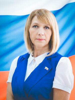 Зам. председателя Городского Собрания Наталья Ивашина, депутат по единому округу от партии КПРФ