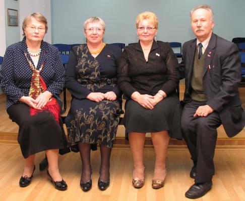 Комиссия по социальным вопросам третьего созыва: Н.В.Овчинникова, Л.В.Куканова, Е.Н.Елисеенкова и Н.Д.Ведров